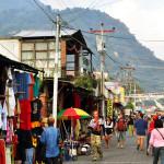Panajachel_calle_santandar_guat